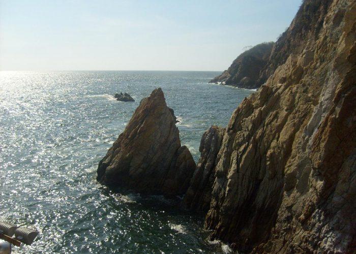 El partido obrero de Acapulco y el movimiento escuderista. A cien años de la comuna de Acapulco